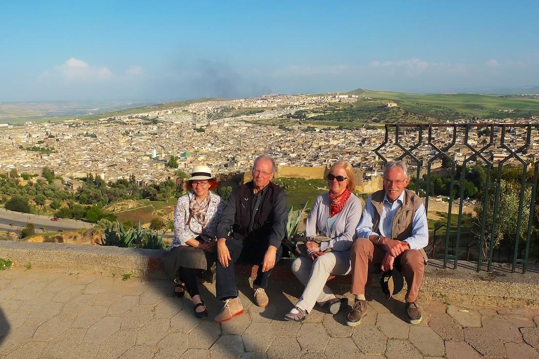 Fes  -  Regine, Jochen, Helga und Friedrich vor Fes-el-Bali