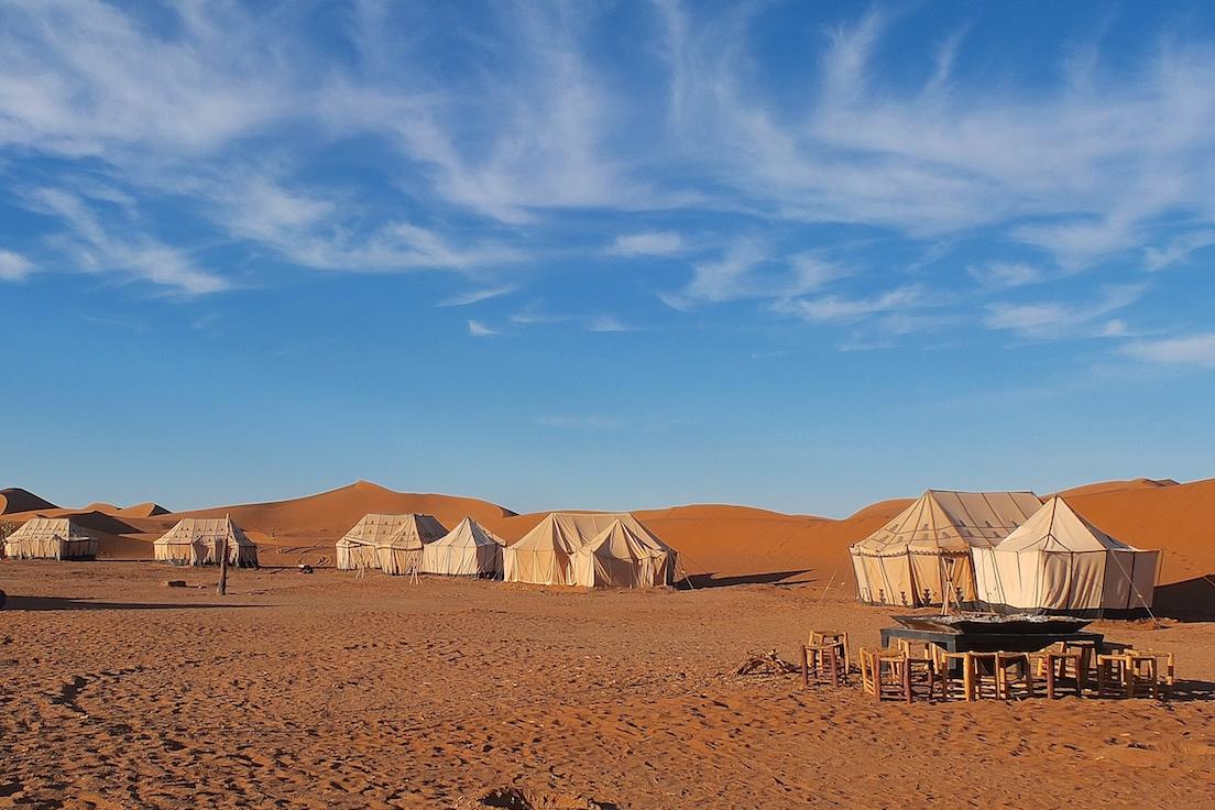 Erg Chegaga, Wüstencamp